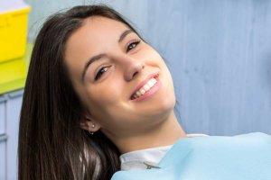 woman smiling at cosmetic dentist orlando
